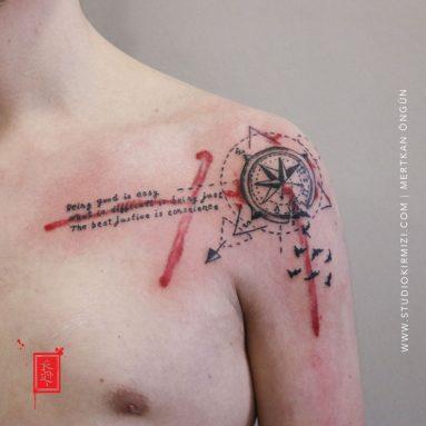 abstract-compass-tattoo-suluboya-pusula-dovmesi-taksim-dovme-istanbul-dovme