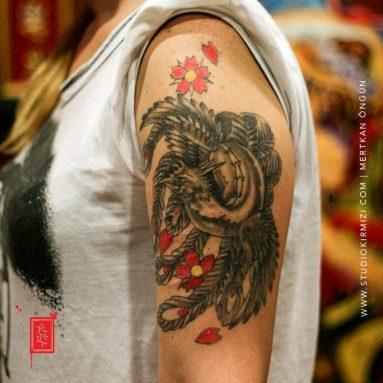 anka-kusu-dovmesi-phoenix-tattoo