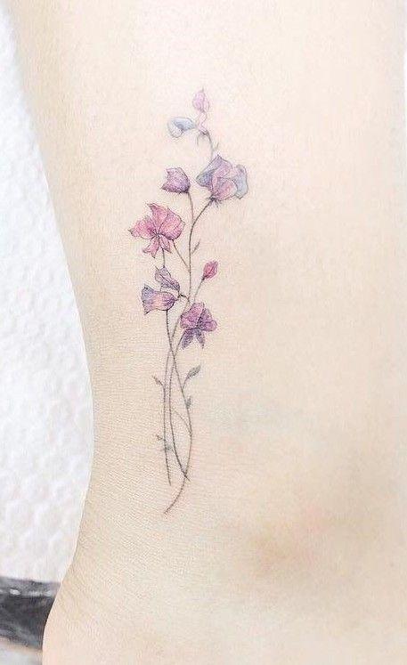 minmal cicek dovmesi minimal flower tattoo13