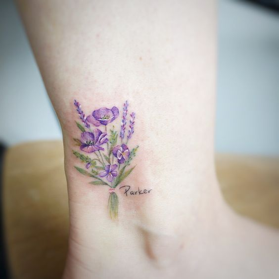 minmal cicek dovmesi minimal flower tattoo3 ayak bilegi dovme