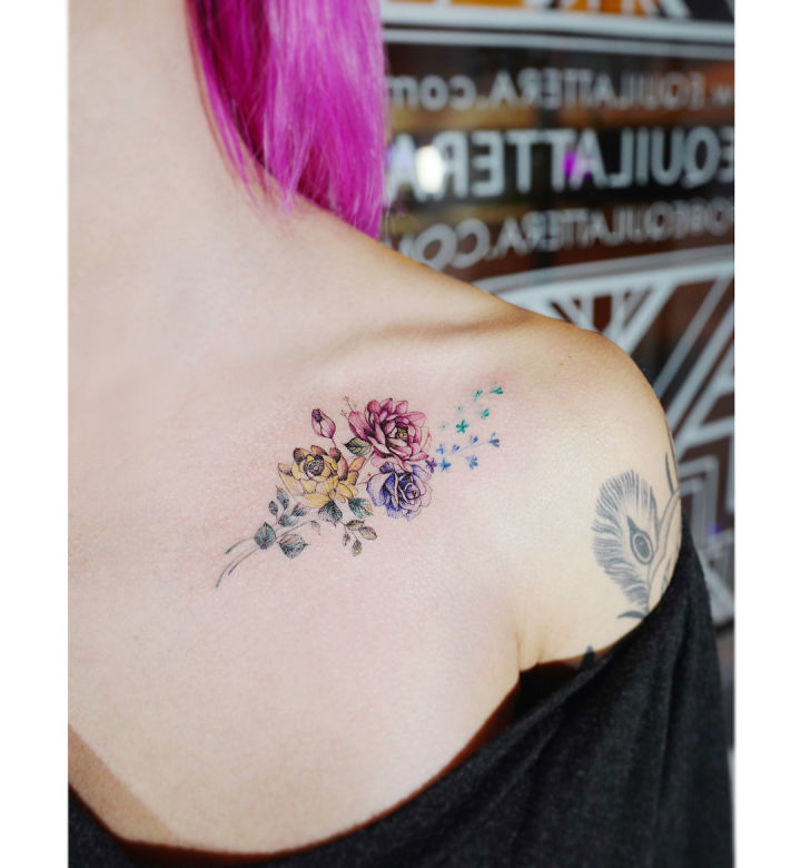 minmal cicek dovmesi minimal flower tattoo44 omuz uzeri