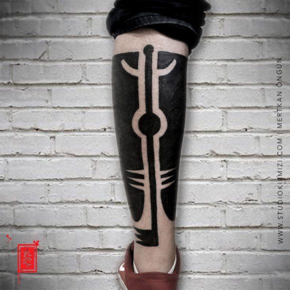 Bacak Maori Dövmesi