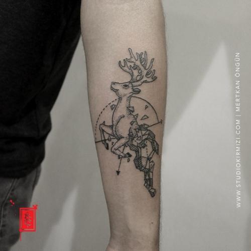 geyik-dovmesi-maral-dovmesi-deer-tattoo-geometric-tattoo-taksim-istanbul