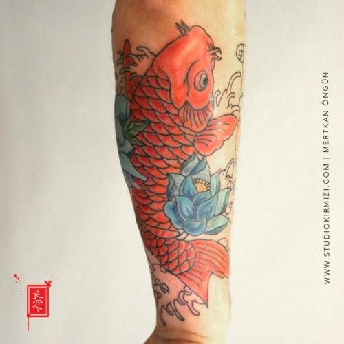 koi-baligi-dovmesi-koi-fish-tattoo-tattoo-dovme