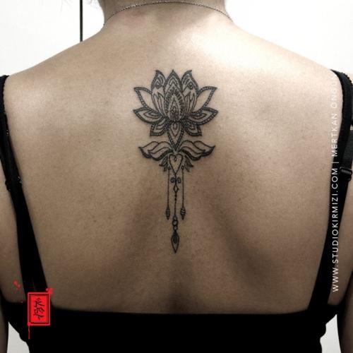 mandala-tattoo-lotus-tattoo-dovme-taksim-istanbul