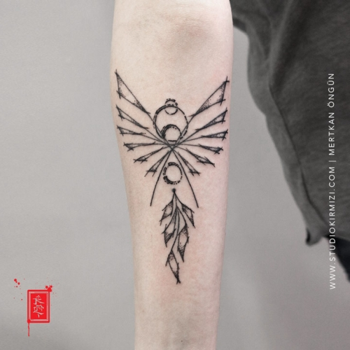 phoenix-tattoo-geometric-tattoo-minimal-tattoo