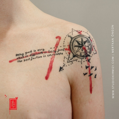 pusula-dovme-compass-tattoo-abstract-dovme-abstract-tattoo