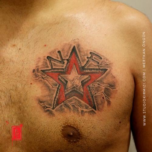 yildiz-dovmesi-yirtik-dovmesi-star-tattoo